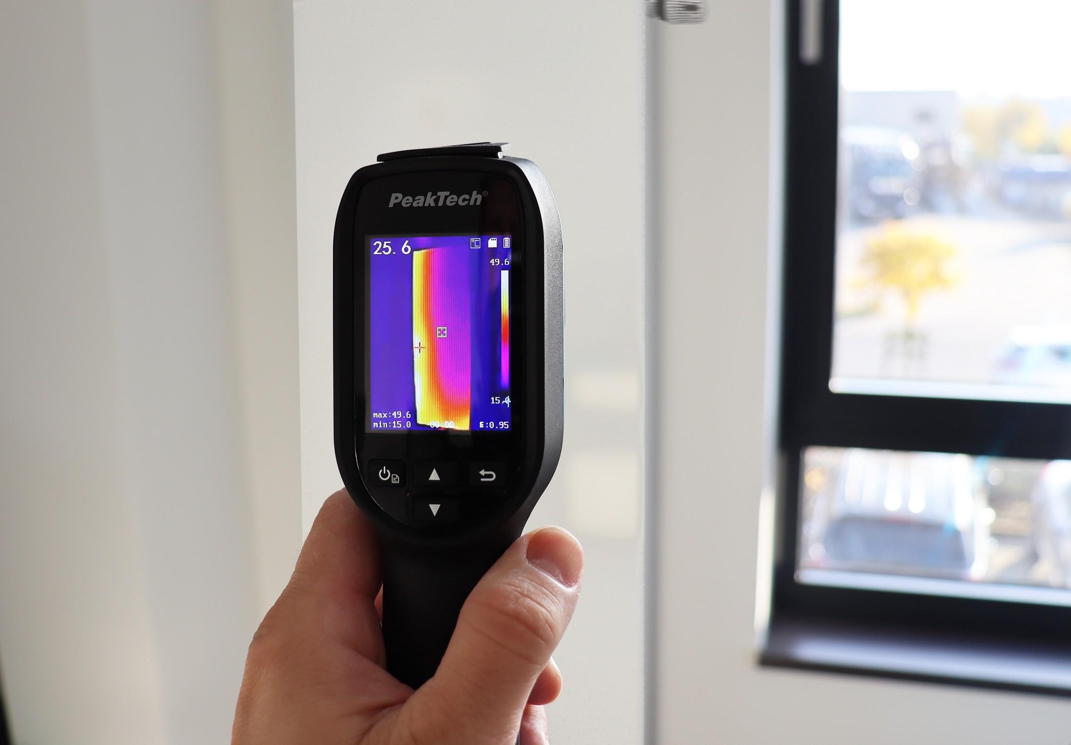 «PeakTech® P 5615» Thermal imaging camera 160x120 px. -20°C ... 550°C